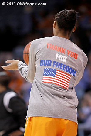 Lady Vols also in Veterans Day warm-ups