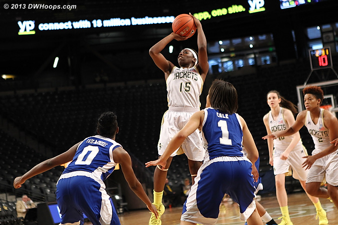 Maintaining the 19 point lead  - GT Players: #15 Tyaunna Marshall