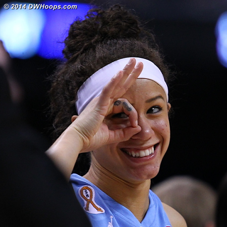 Key sequence: Belated bench reaction to the technical-marred DeShields three  - UNC Players: #24 Jessica Washington